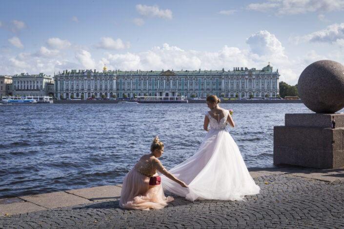 Mariée, Neva, Saint-Petersbourg, russie